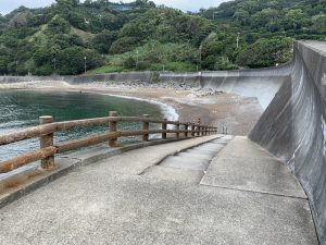 田村漁港消波ブロック