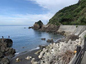 田村漁港北の地磯